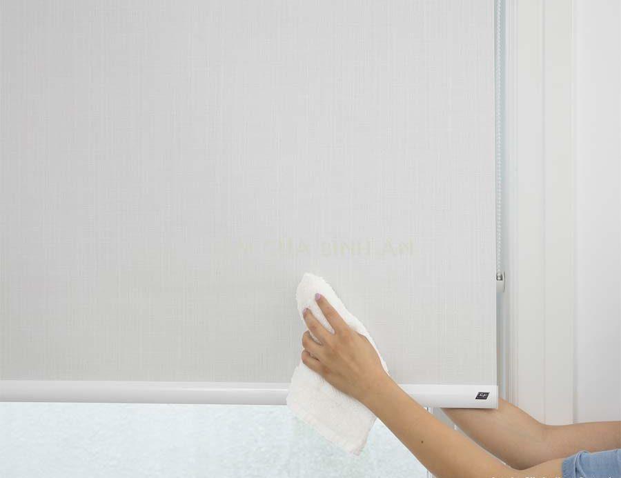 Cách vệ sinh rèm cuốn